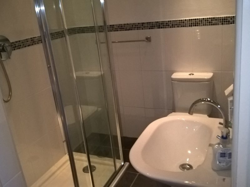 bathroom-installation-after-three